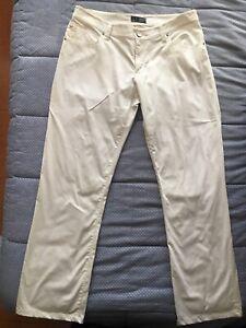 pantalone Armani Jeans, bianco taglia 32, usato in buono stato