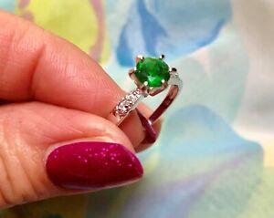 1ct round emerald CZ-DIAM0NDS dress ring size R 9