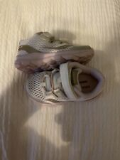 Toddler Girls Saucony Athetic Shoe 6 Wide