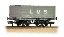 BACHMANN :-  Collectable 37-088 7 PLANK  END DOOR WAGON LMS GREY New & Boxed