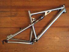 """Santa Cruz Blur Classic Mountain Bike Frame Medium 26"""" 135mm QR Silver"""