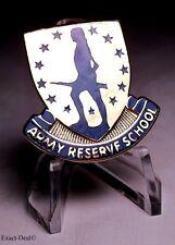 UNITED STATES U.S. ARMY RESERVE SCHOOL DI UNIT GOLDEN CREST  VINTAGE