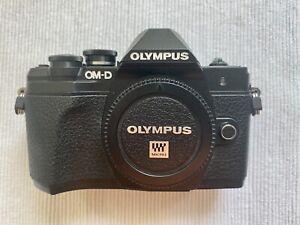 Olympus OM-D E-M10 Mark III schwarz Gehäuse Body