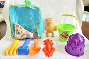 Disney Store Exclusive 2000 Winnie The Pooh Backpack Beach Sand Playset Tigger