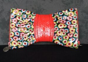 Vera Bradley Frill Collection Bow Clutch Red W/ Multicolor Floral 2 Compartments
