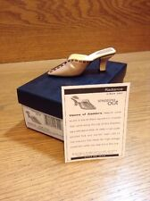 Raine Just the Right Shoe Coa Box Radiance 25344 Stepping Out