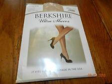 Nude Berkshire Queen Ultra Sheer Control Top Pantyhose Hosiery-Women's 5x-6x