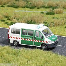 """1:87 #42302 Busch Peugeot 403 /""""BP/"""" Abschleppwagen"""