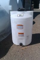 25 Gallon Vertical Poly Water Storage or Chemical storage tank 41867