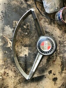 jeepster commando  horn button and ring wagoneeer kaiser j10 j20 j 2000