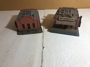 Lot of 2 HO scale Buildings