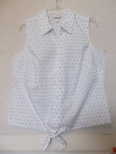 CJ Banks Size 3X White & blue dot sleeveless blouse, button front, tie hem NWT