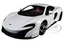 MCLAREN 675LT WHITE 1/18 DIECAST MODEL CAR BY KYOSHO C 09541 W