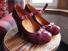 Chie Mihara size 7/40 Wine/Burgundy suede and leather
