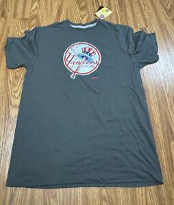 MEN Nike Standard Fit Large New York Yankees Great Retro Logo SHIRT