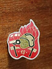 Pins pin's badge insigne vintage ancien - Caserne pompiers 18 -