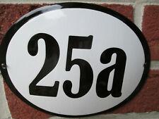 Hausnummer Oval Emaille schwarze Zahl Nr. 25a  weißer Hintergrund 19 cm x 15 cm