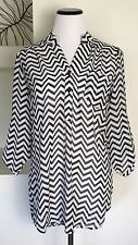 rue21 Womens Semi Sheer Top Sz M Black White Chevron Half Button Tab Sleeve