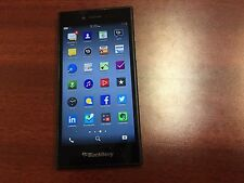 BlackBerry Leap STR100-2 Black (Rogers Wireless) Good Condition