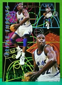 Shaquille O'Neal insert card Triple Threats 1994-95 Fleer #7