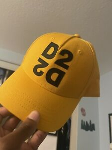 Dsquared2 Cap In Yellow