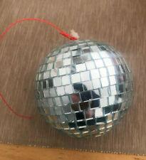 Discokugel Spiegelkugel Mirrorball 9,0cm mit 8x8mm Spiegel-Facetten Glitter Ball
