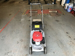honda hrb425c Self Propelled lawnmower With Roller