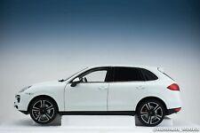 Minichamps Porsche Cayenne Turbo S White Dealer Edition 1/18 Custom US Plates