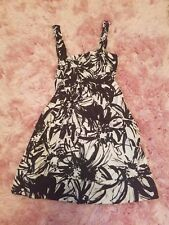 71e172b1b11 Women s Forever 21 Black and White Abstract Floral Jumper Dress - Size M