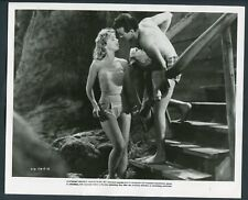 YVETTE VICKERS RICHARD BAKALYAN in Juvenile Jungle '58 SEXY LEGS SWIMSUIT