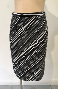 Saba Size 6 black and white pencil skirt - MINT Condition