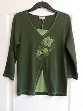 size 14 green floral top