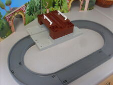 TOMY TRACKMASTER THOMAS RAILWAY ROAD CIRCUIT AND  TUNNEL