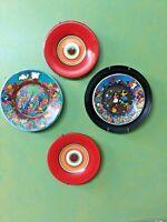 Lot of 4 Decorative Plates, 2 Folk Art Plates, 2 Modern Plates
