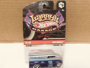 Hot Wheel - 1/64 - Dairy Delivery - ( Parts ) - Larry's Garage w / Real Riders.