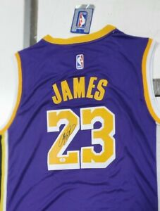 Lebron James Autographed LA Lakers Jersey COA VS Auto Authentication Signed NBA