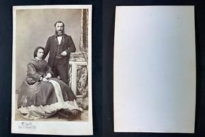 Lagriffe, Paris, Emile Bellier de La Chavignerie, historien, et son épouse Vinta