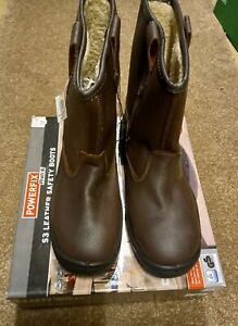 Powerfix safety boots.