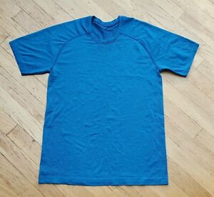 Lululemon Men's Metal Vent Swift Tech S/S Shirt Blue sz Small EUC