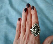 "VINTAGE 90'S Topshop ""Freedom"" Silver Coloured Diamond Shape Ornate Ring VGC"