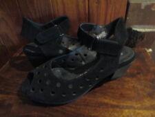 women's TAKING SHAPE dressy style comfort wear heel shoes SZ 40-9