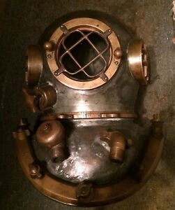 1940's MORSE (OF BOSTON) COMMERCIAL DEEP SEA DIVER DIVING HELMET & DIVING SUIT