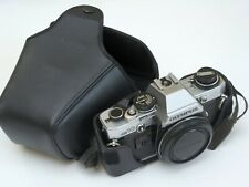 Olympus OM10, body + cap + case, all in excellent condition, fully working