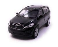 Kia Sorento Modellauto Auto Schwarz Maßstab 1:34 (lizensiert)