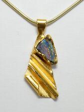 Boulder Opal Anhänger multicolor, bemerkenswerter Charakter von Kurzmann Design