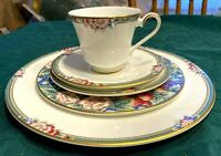 Royal Doulton Orchard Hill 5 Piece Place Setting(s) H5233 Fine English China