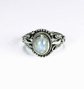Ring aus Silber 925 mit echtem Mondstein / Handarbeit