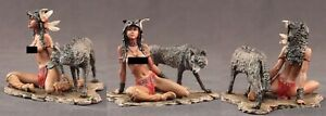 tin toy soldiers  painted  Girl 80mm The Indian and the wolf