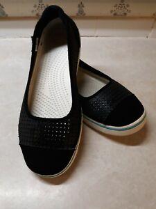 Crocs Rivera Womens Slide Flat Slip on Black & White Size 8