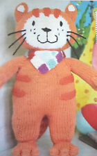 SIRDAR ARAN KNITTING PATTERN CITV POPPY CAT ANIMATED TELEVISION TOY CAT